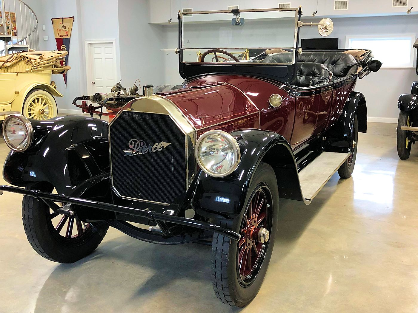 1916 Pierce-Arrow Model 48 - 7 Passenger Touring